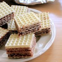 Wafle przekładane masą czekoladową